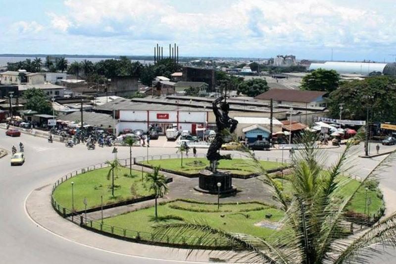 Frauen Douala